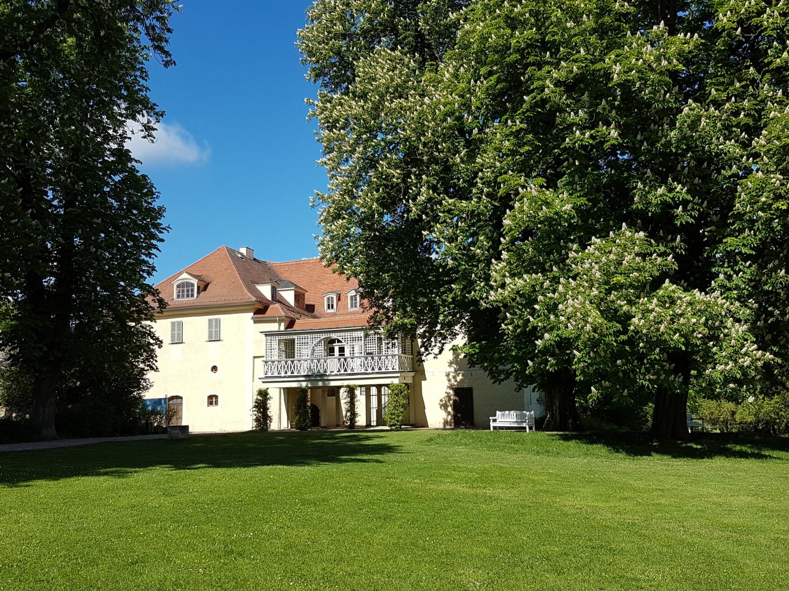 Tiefurt: Schloss, Parkseite
