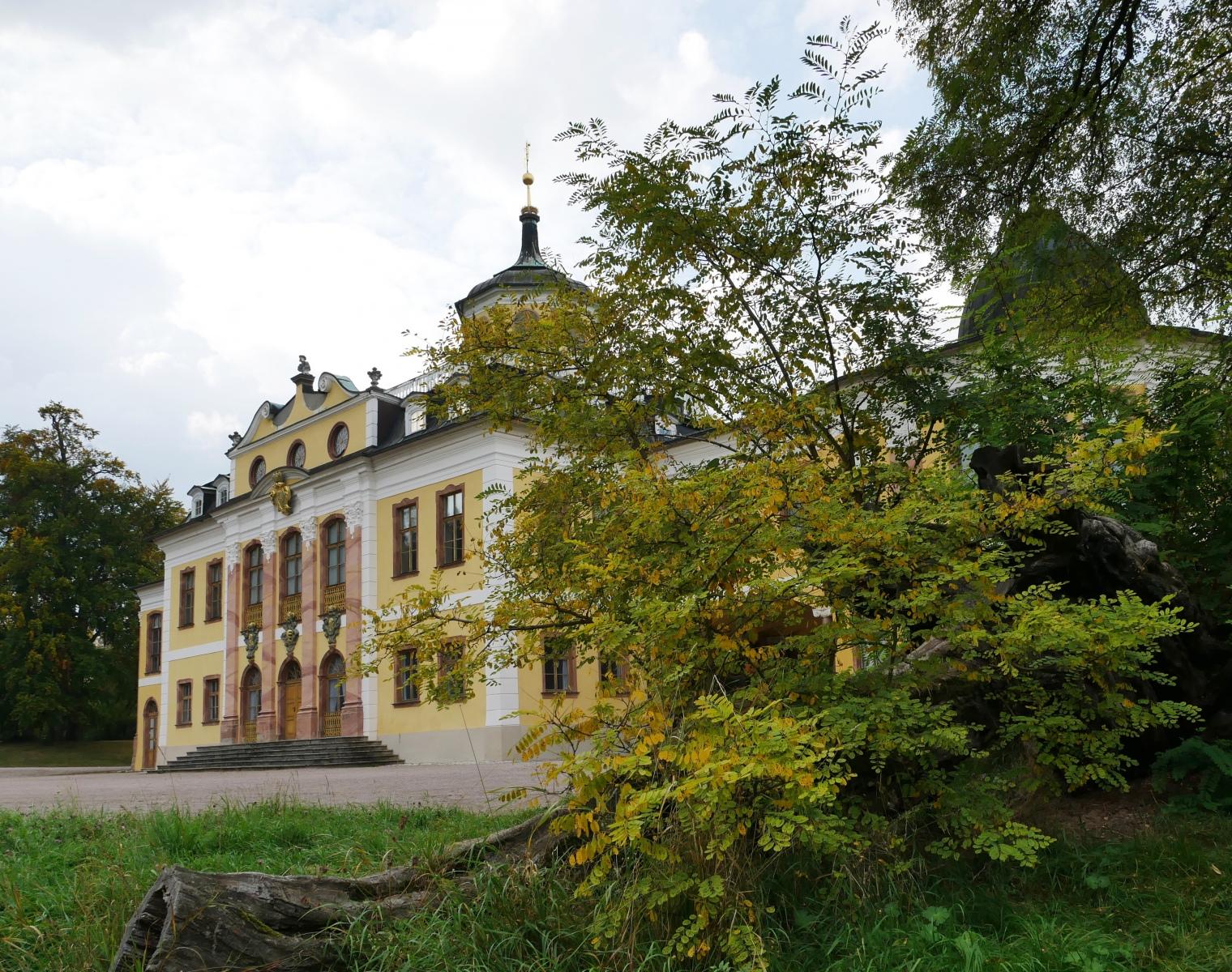 Schloss Belvedere, Parkseite